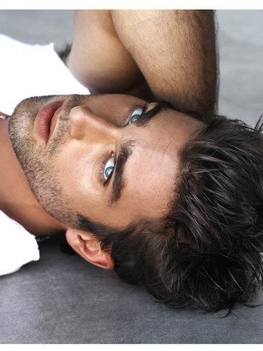 Hot guy close-up-Hugh